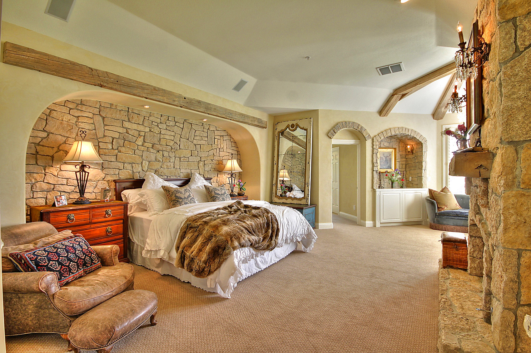 6-ruby-hill-master-suite.jpg #8